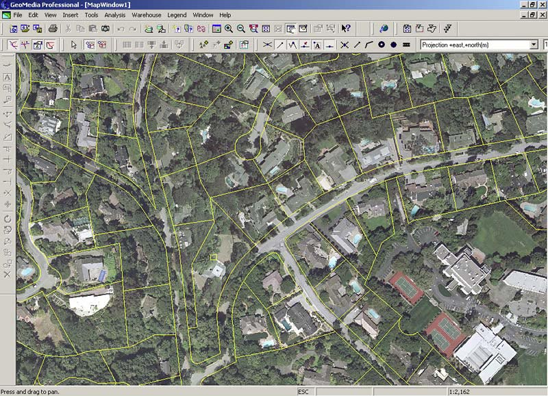 Traditional GeoMedia GIS display using City high resolution imagery with parcel overlays